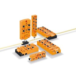 Compact field modules with screw mounting CompactLine