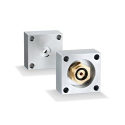 Flange adapters for pressure sensors