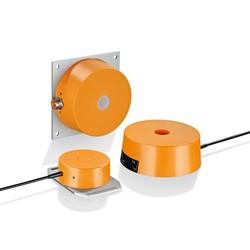 Area sensors with high sensing range