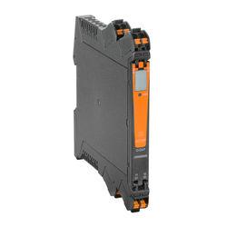 ACT20P signal converter and process monitoring